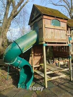 Childrens Tree House by Backyard Adventures