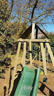 Dunster House Climbing Frame with Fort, Slide, 2 swings, 2 rings